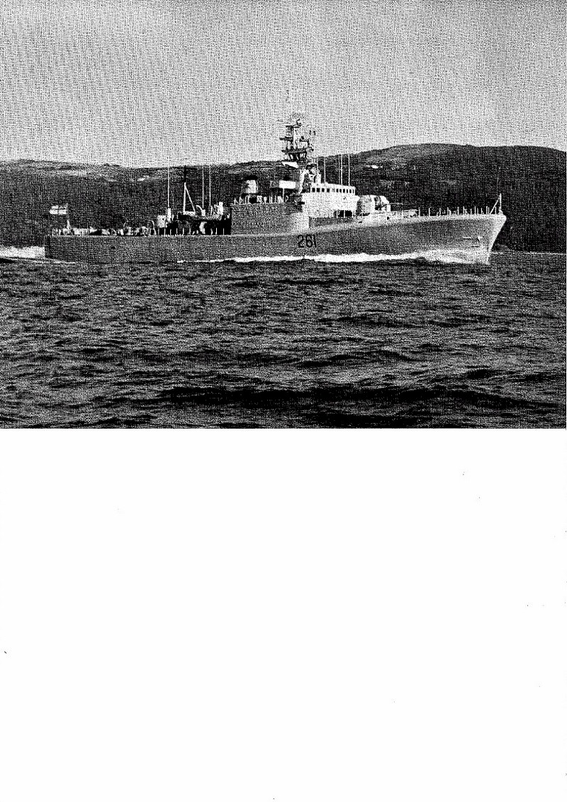 HMCS MACKENZIE 261 Commissioning Booklet - Page 2